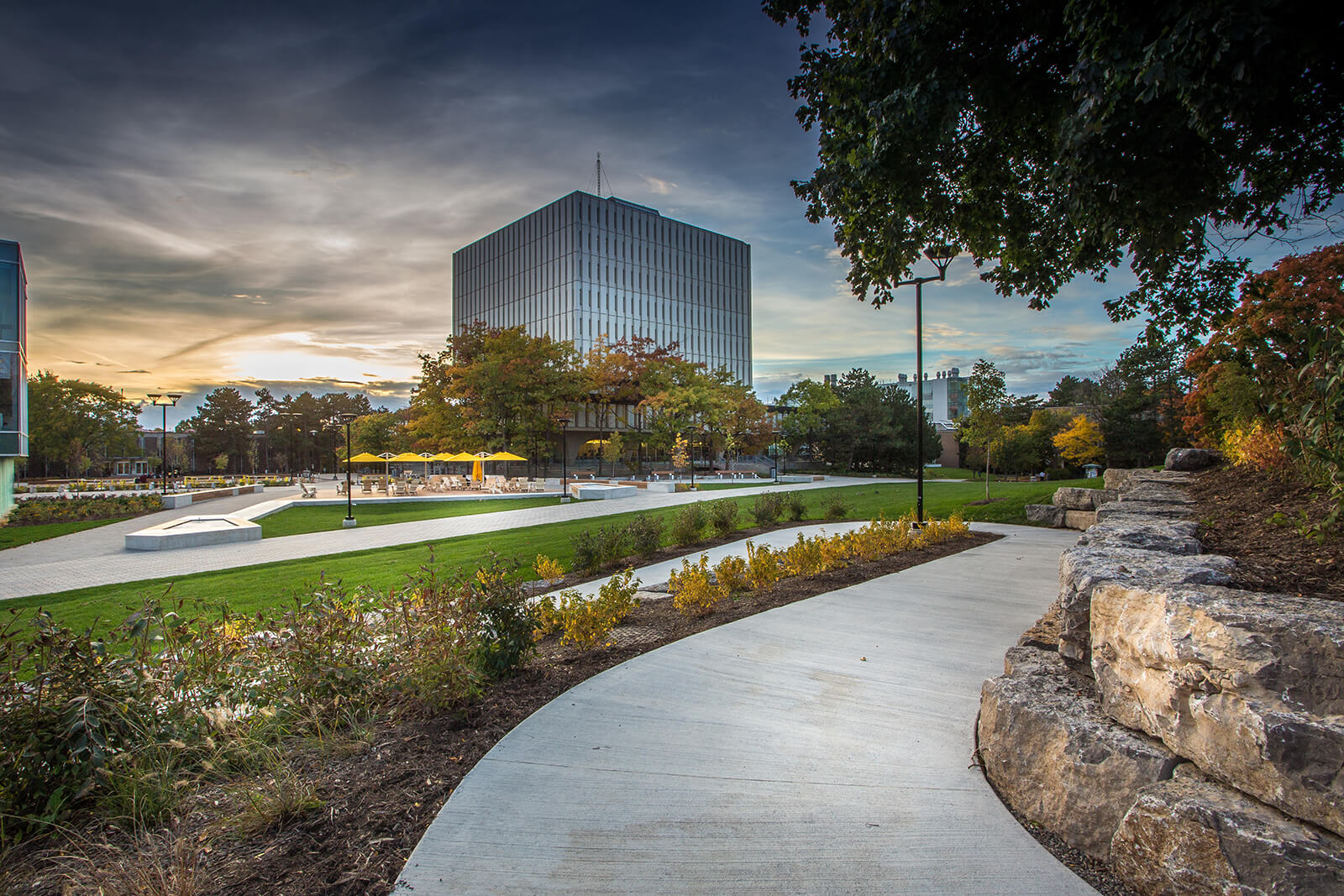 CSL Group won the or the Caterpillar National Award of Landscape Excellence in Commercial Construction.
